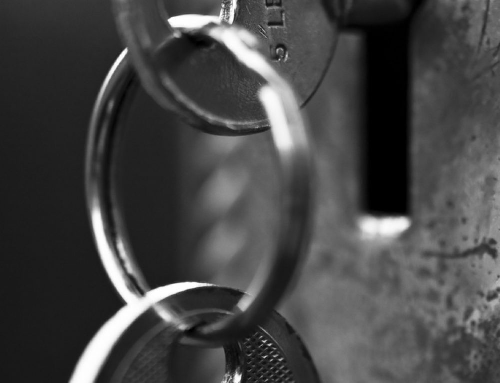 Find a locksmith with these smart tips. No regrets.